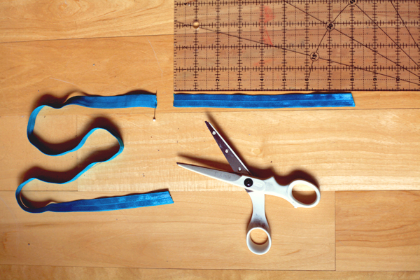Sew Well:  How to Make No-Crease Hair Ties