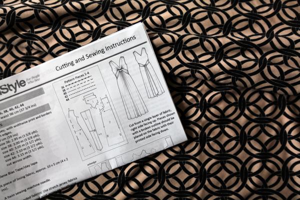 BurdaStyle Twisted Dress in Silk Jersey