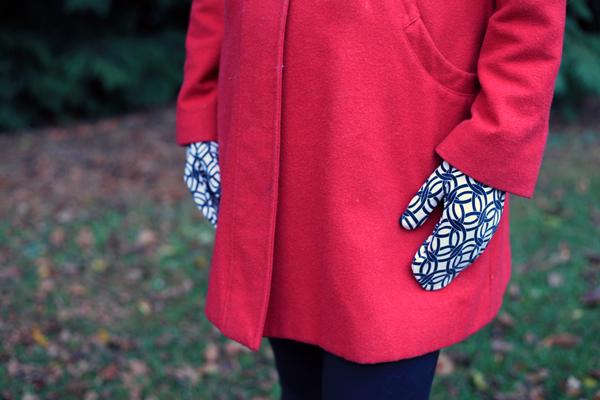 Sew Well - Honeycrisp Mittens