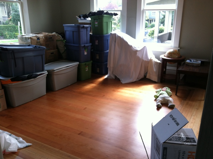 sew-well.com // moving with a baby!