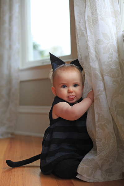 Sew Well - Halloween Black Kitten - Oliver + S Bubble Dress made from #MoodFabrics