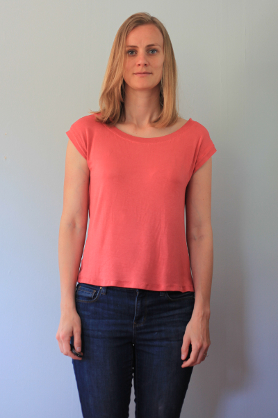 Sew Well - GrayDay Sandpoint Top in #moodfabrics coral rayon jersey