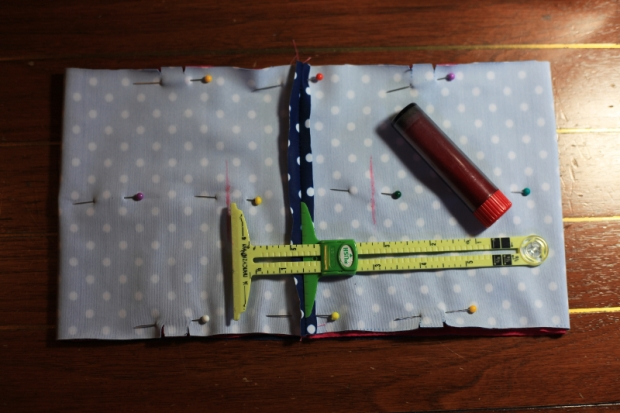 Sew Well:  Tutorial: Adding Pockets to a Knit Waistband