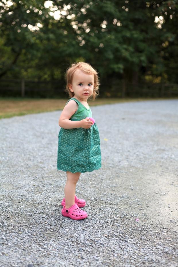 Sew Well - A Little Scalloped Skirt