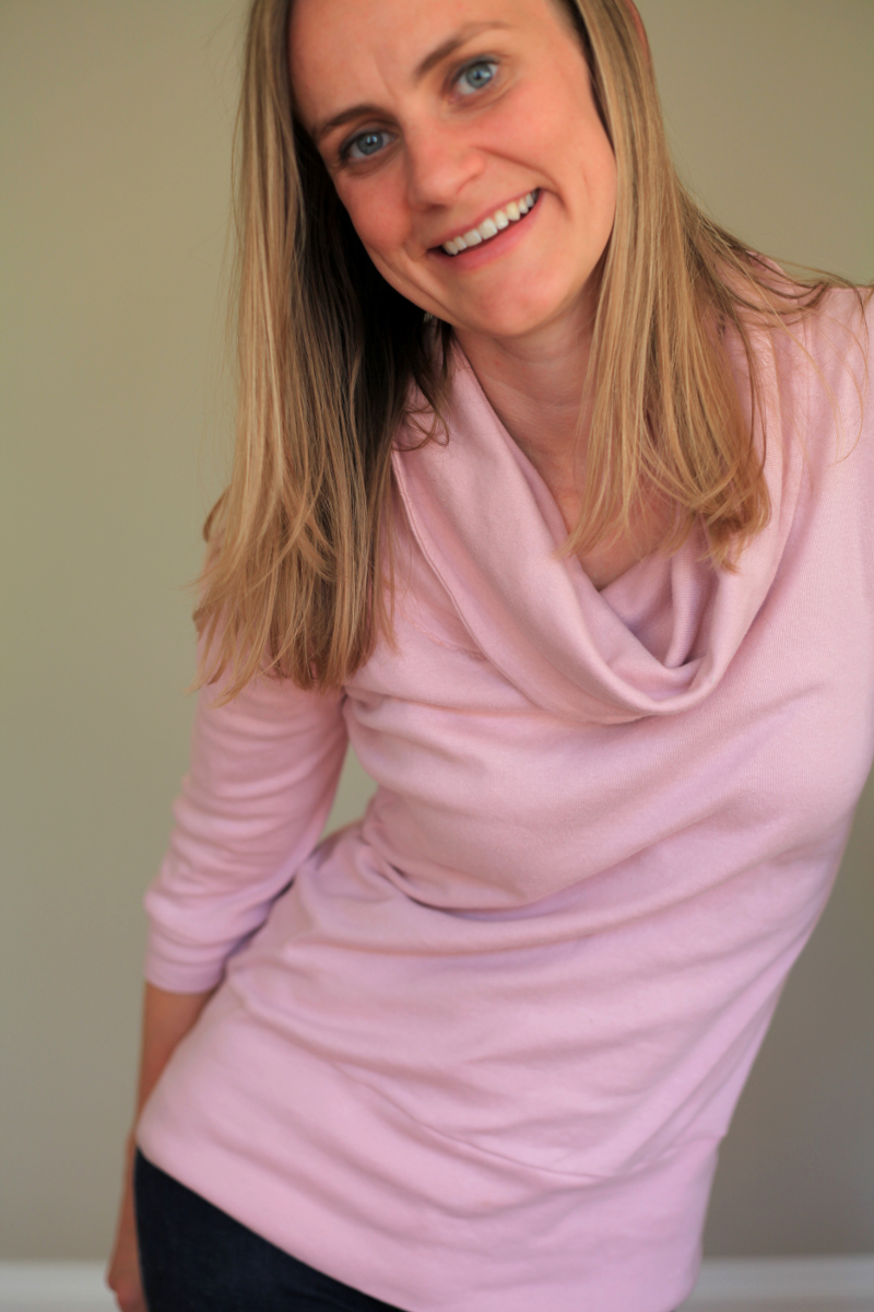 Sew Well - Cowl-neck Renfrew in #moodfabrics pink cotton jersey